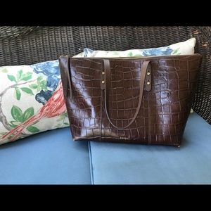 FOSSIL authentic leather tote bag